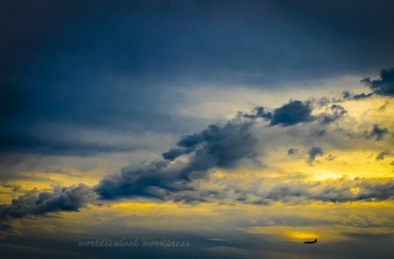 clouds-plane-2