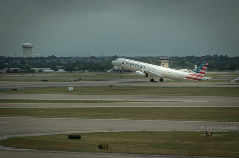 0w5a5930-airport
